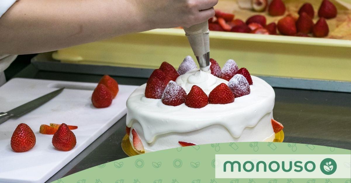 Técnicas de uso de la manga pastelera para lucirte en la cocina